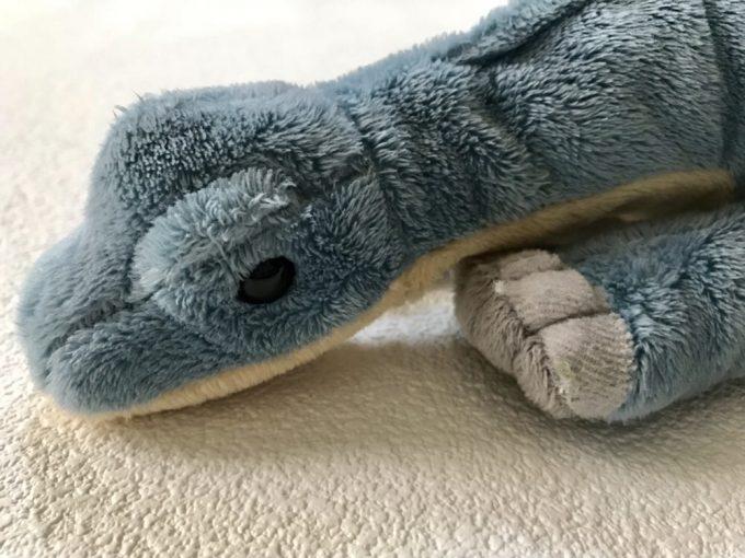 カロラータのブラキオサウルスぬいぐるみ